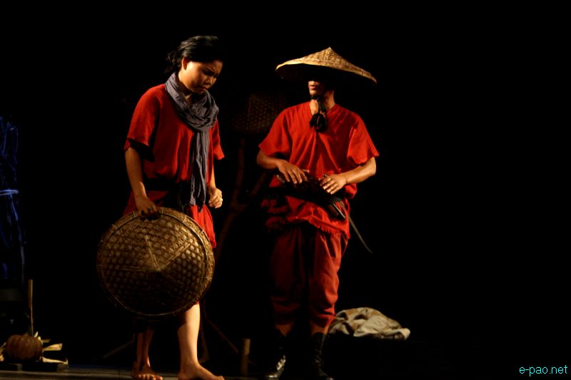 Arambam Somorendra's Shakkhangkhidraba Lanmee - A Play by Banian Repertory Theatre Production :: June 10 2012
