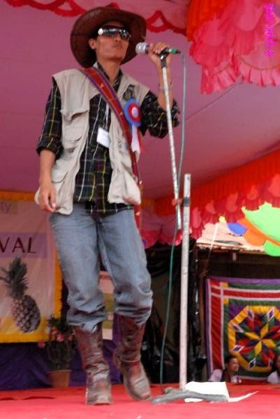Maneithangza Kipgen - A talented singer, actor, composer :: September 2009