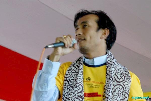 Sadananda sings at Intl Day Against Drug Abuse Rally :: June 2009