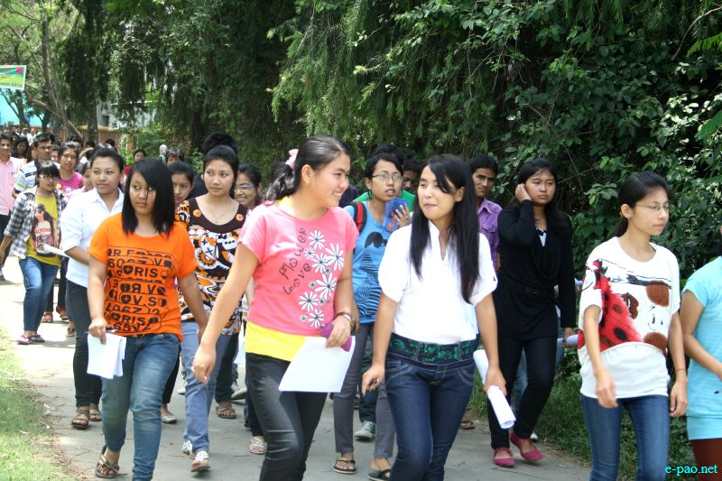 Students attending the PMT (Pre-Medical Test) in Imphal, Manipur :: June 10 2012
