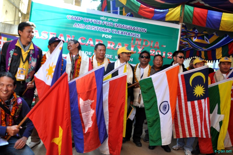 ASEAN-INDIA Car Rally 2012 passing through Moreh Area, Manipur in December 2012 :: Pix - Deepak Oinam